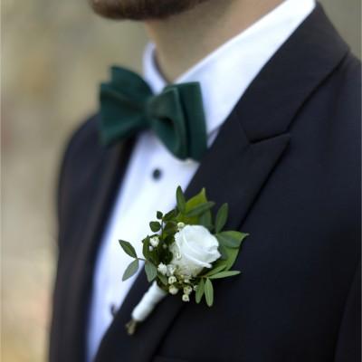 Boutonnière blanche