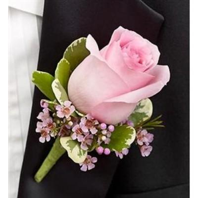 Boutonnière classique rosée