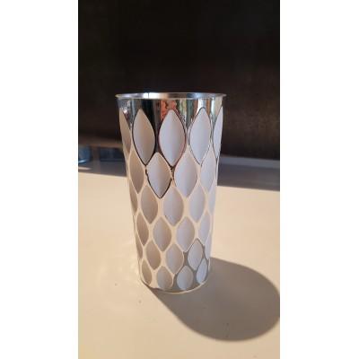 Vase argent et blanc