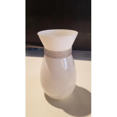 Vase blanc et diamant